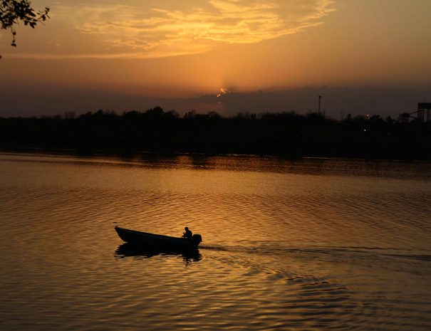 Sunset boat ride on Chambal River near Ranthambhore, Rajasthan