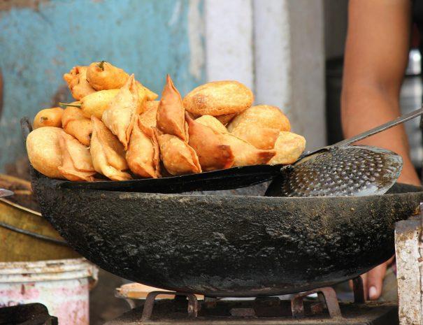 Sawai Madhopur market samosa